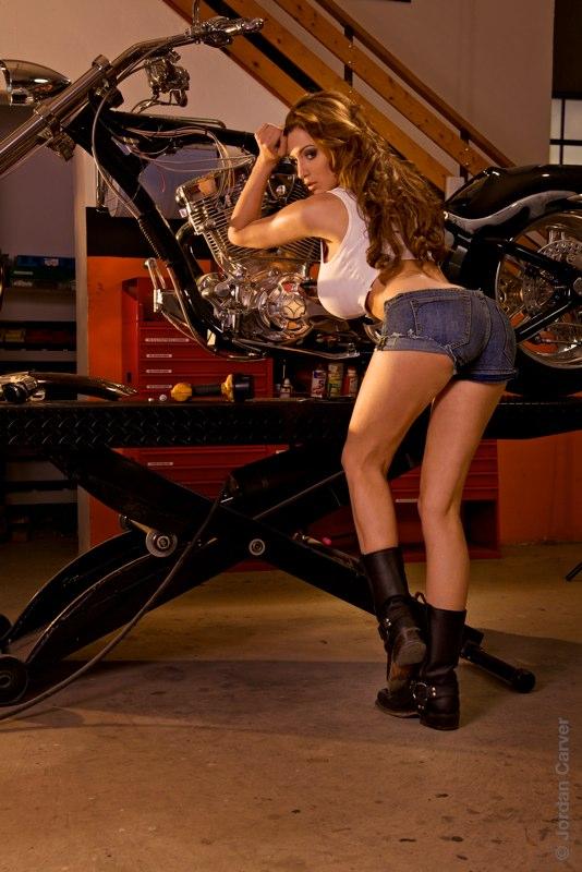 Biker_1_CAT_74